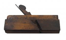 GOOD OGEE MOULDER BY D. MALLOCH